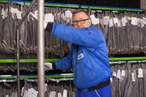 Vetten-Gruppe Mönchengladbach Viersen Textilservice Kontraktlogistik Hängeregal Textillager