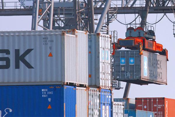 Vetten-Gruppe Mönchengladbach Transporte Schubboden Tautliner Sattelzug Seecontainer Trucking
